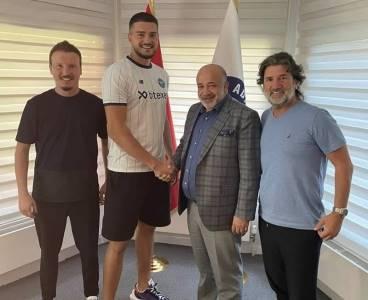 Adana Demirspor, Arijanet Muric'i transfer etti